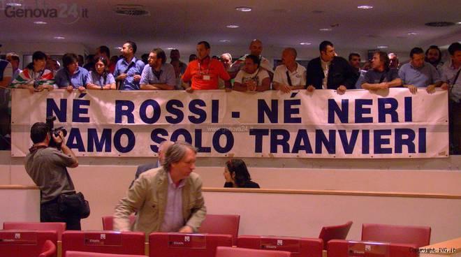 tpl protesta consiglio regionale