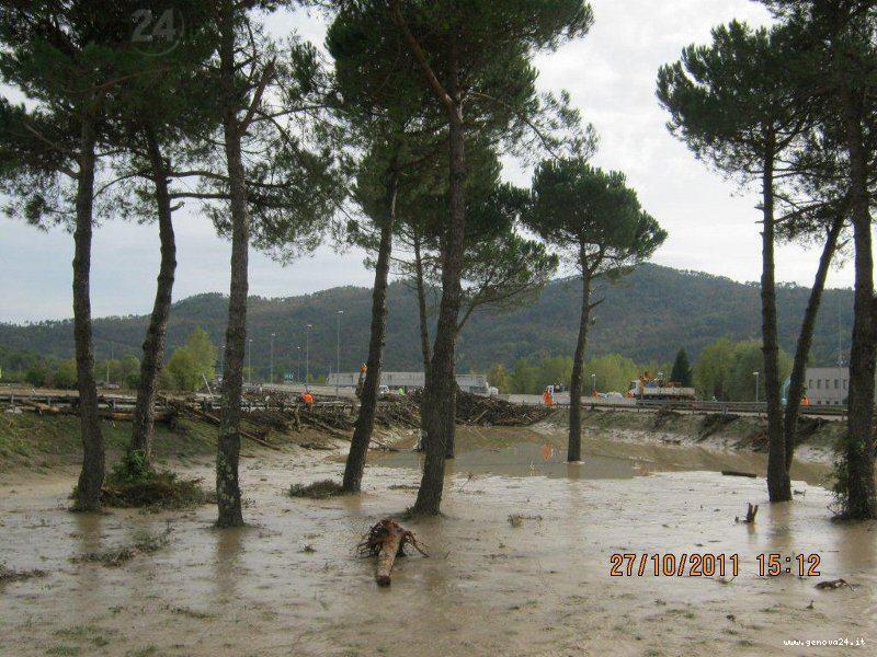 alluvione autostrada sestri levante