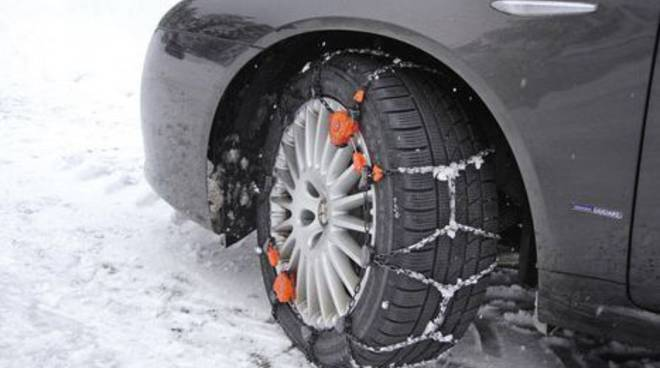 Catene in auto o gomme da neve!