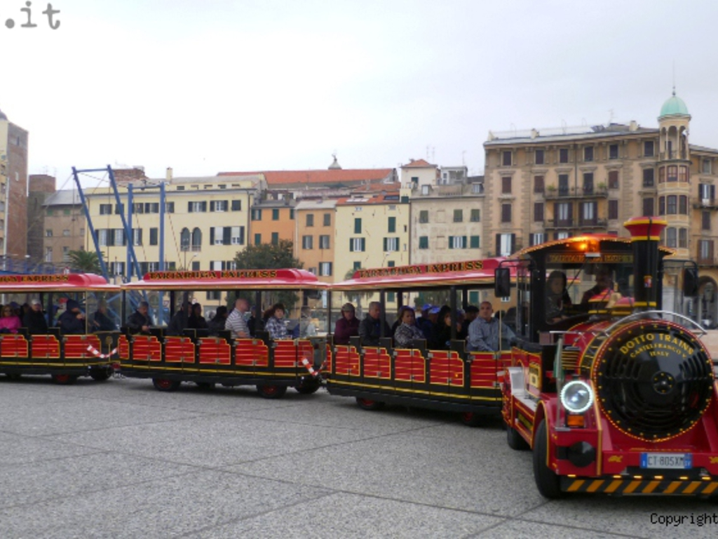 trenino crocieristi carnival