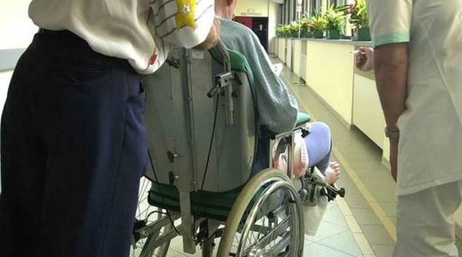 volontari cura pazienti ospedale