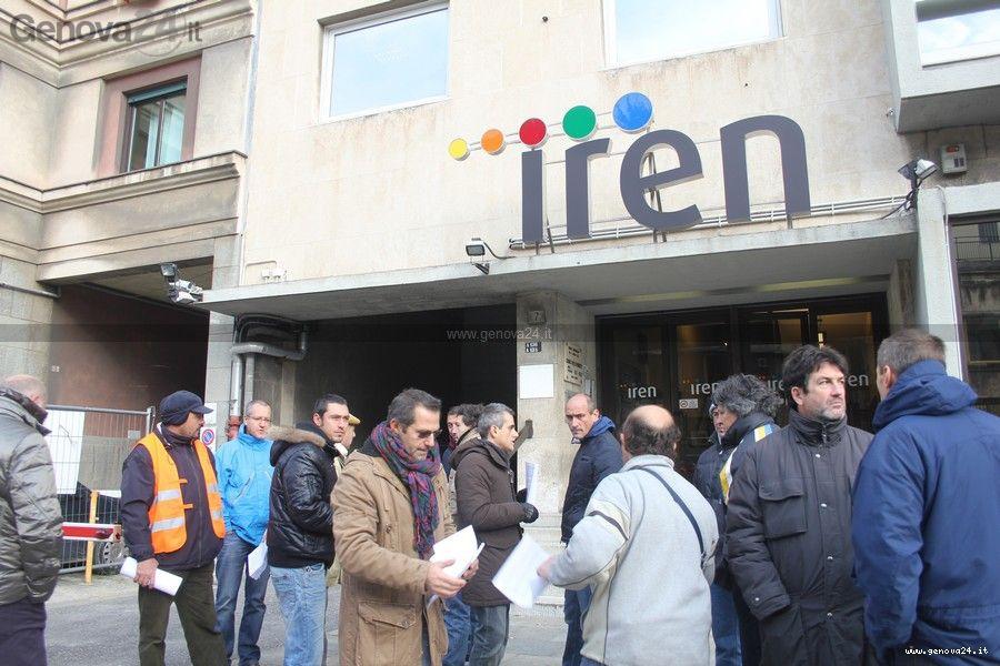Protesta Iren, pendolari e asso balneari