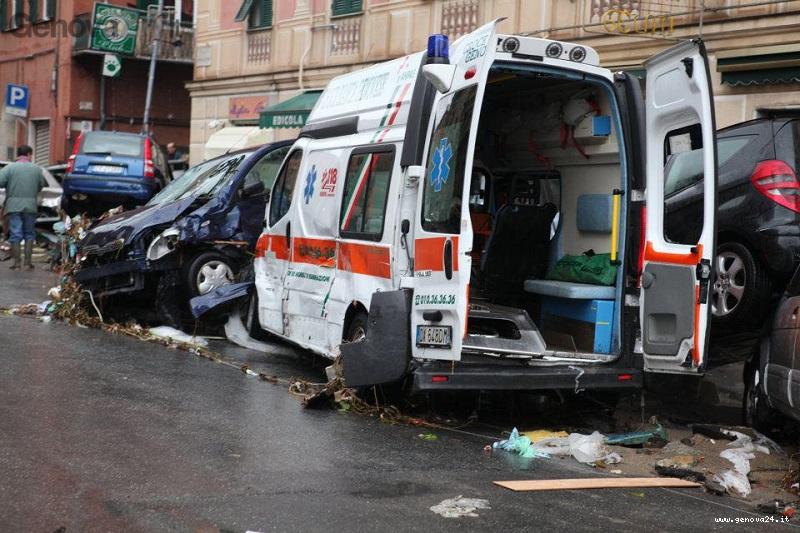 ambulanza rotta alluvione