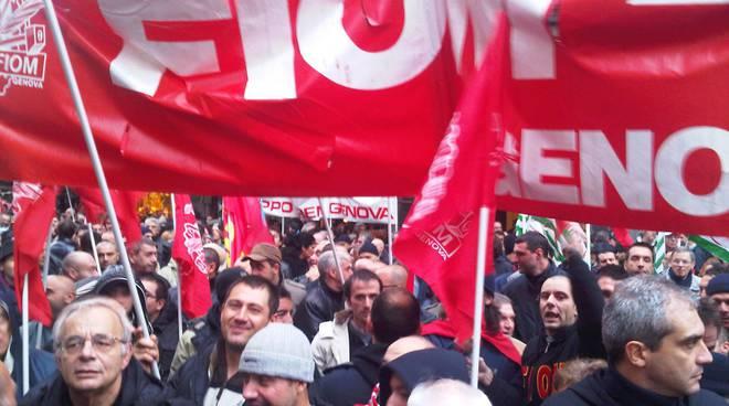 Fiom allo Sciopero generale Genova dicembre 2011