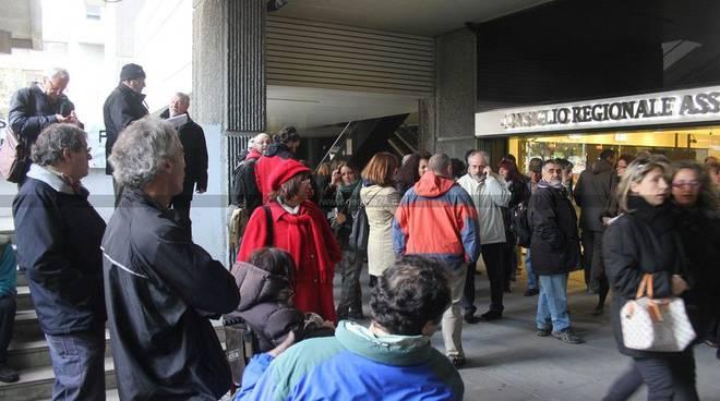 Genova - protesta consiglio regionale