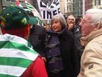 Vincenzi incontra corteo sciopero generale