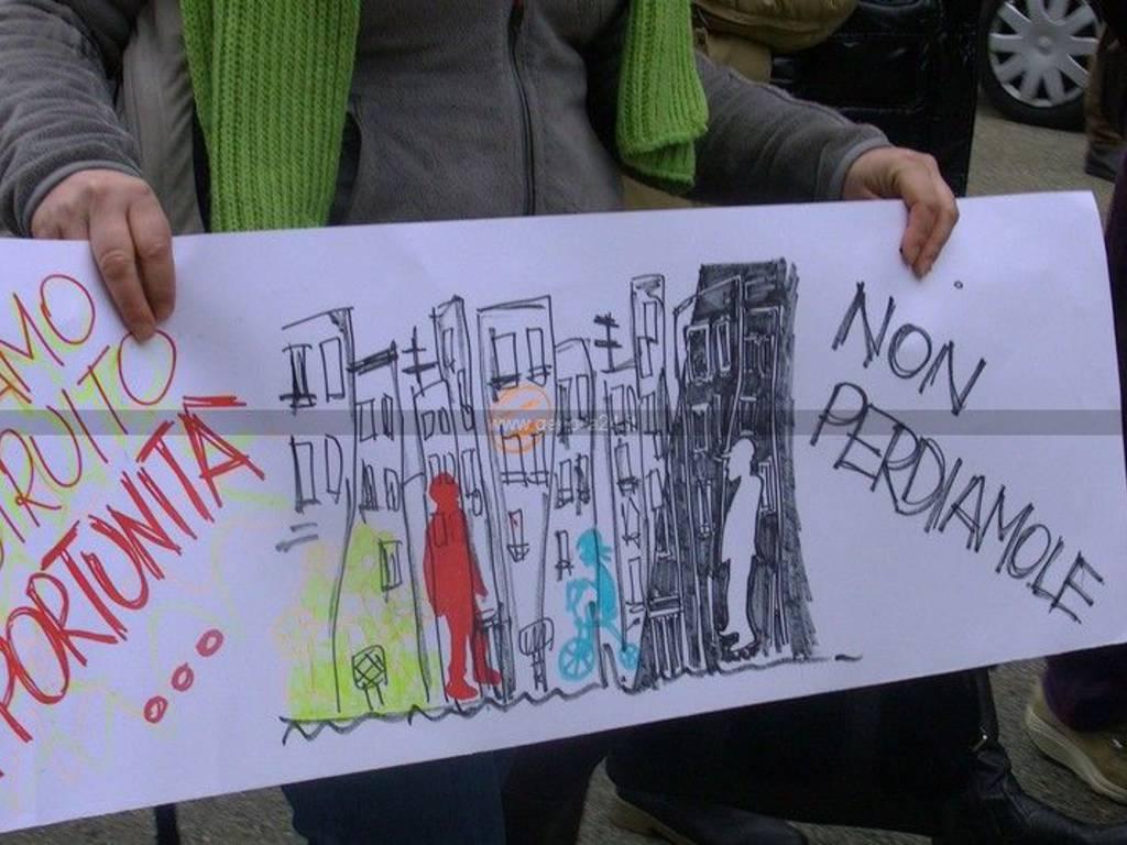Genova, protesta terzo settore