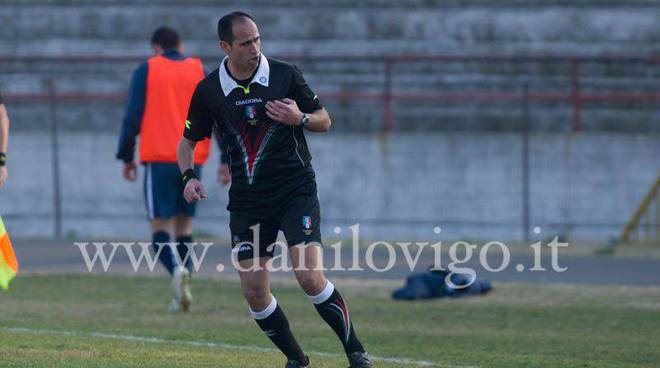Giorgetti-arbitro