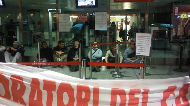 protesta fincantieri, aeroporto bloccato