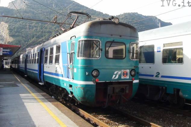 treni in stazione
