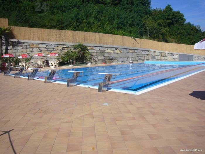 piscina cicagna