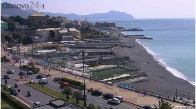 Corso Italia Spiaggia Scogli
