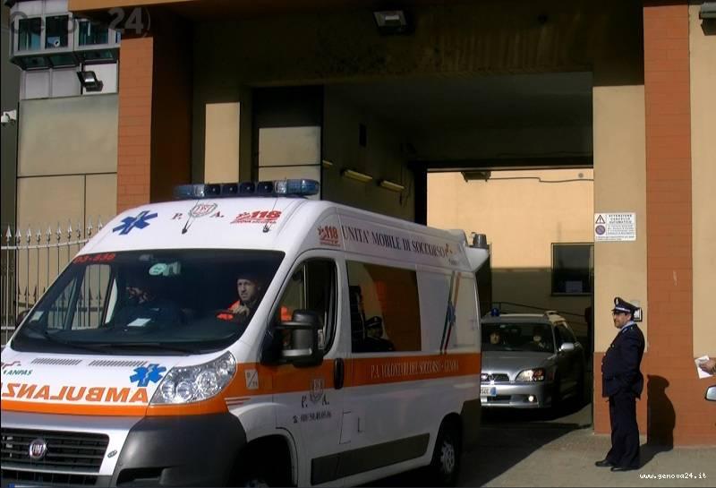 marassi carcere ambulanza tentato suicidio