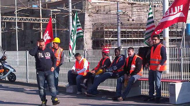 protesta lavoratori dec