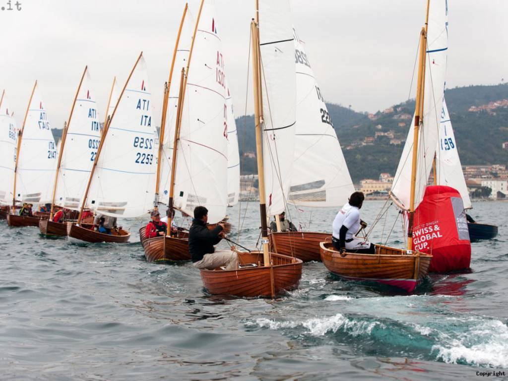 """""""Swiss & Global Cup – Classic 12' Dinghy"""""""