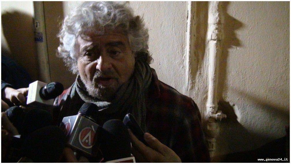 Beppe Grillo - elezioni a Genova con Putti