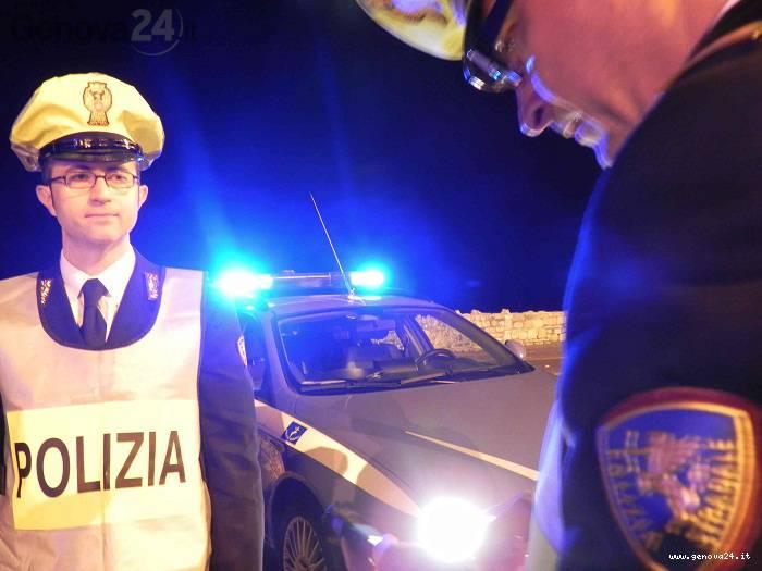 polizia controlli notte etilometro