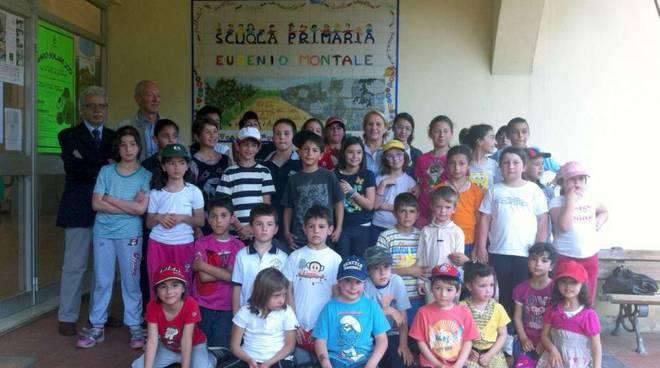 Bastia d'Albenga: alla scuola elementare una targa per Eugenio Montale