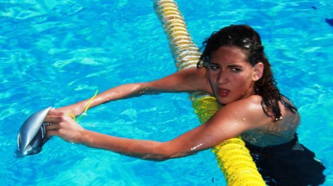 canneva nuoto