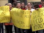 Liceo Issel protesta