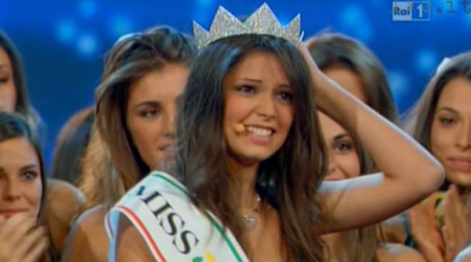 miss italia 2011 Stefania Bivone