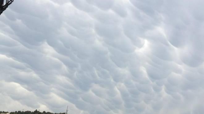 Nuvole sopra il savonese