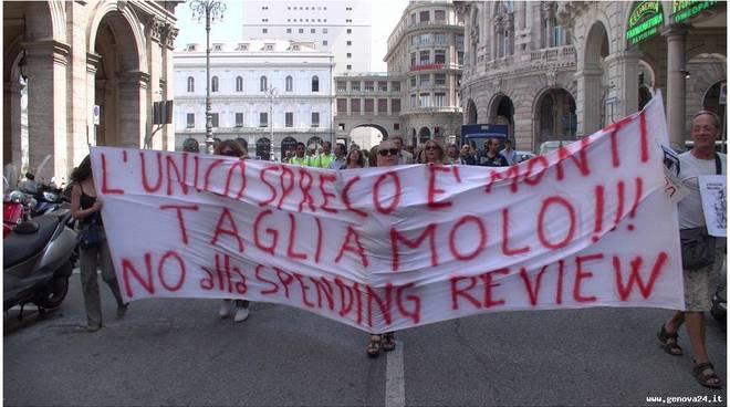 Genova - protesta lavoratori provincia