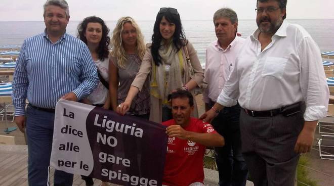 Loano, protesta no Bolkestein