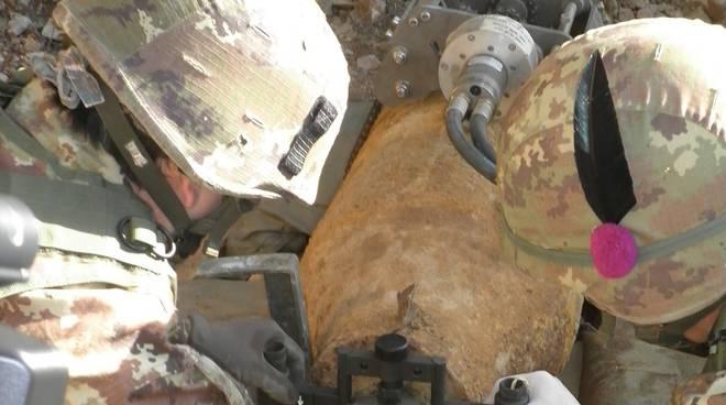bomba artificieri torino