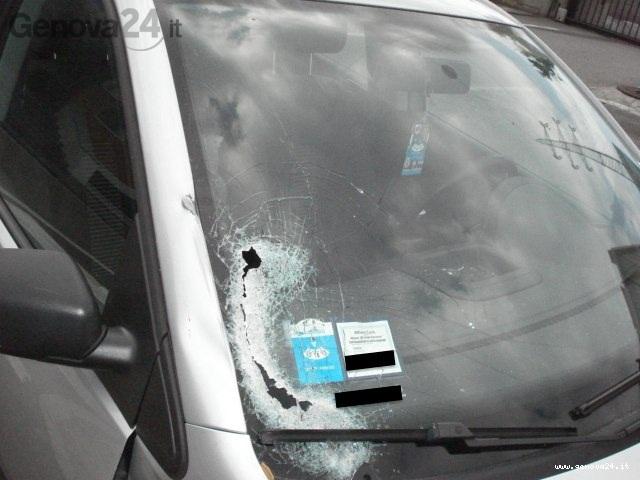 macchina incidente