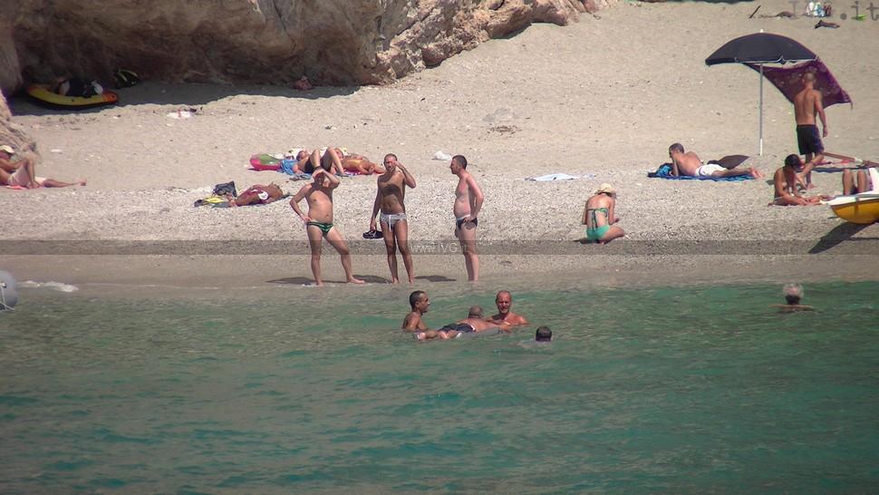 punta crena, spiaggia bagnanti