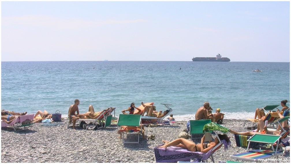 spiaggia san giuliano