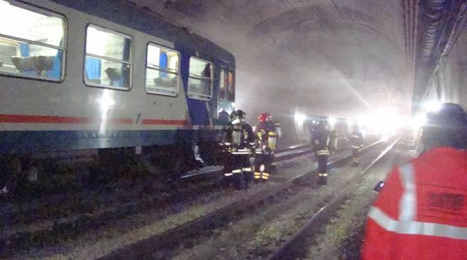 esercitazione incendio incendio treno galleria