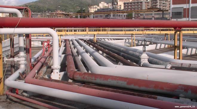 Porto petroli genova multedo 10