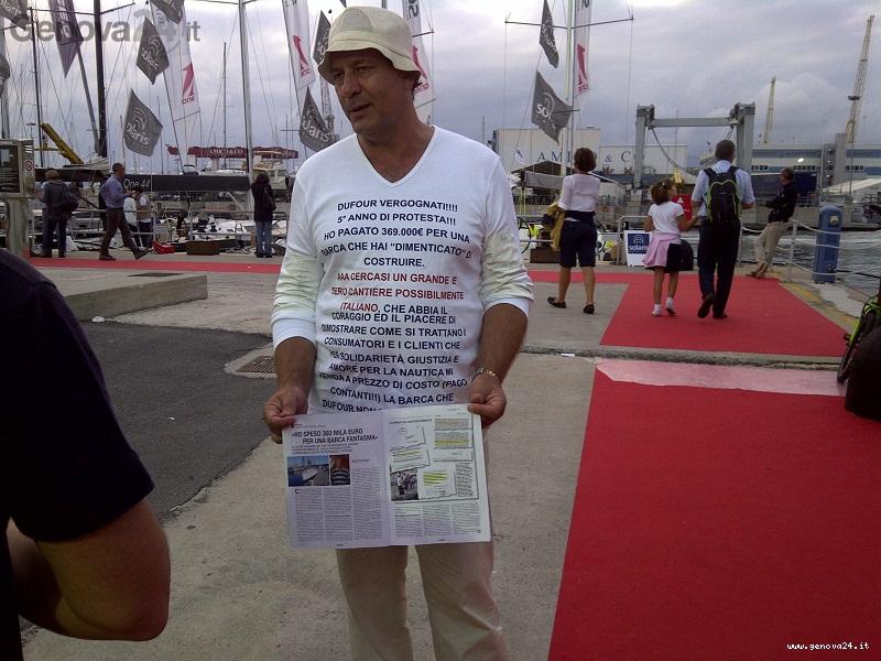sergio picone, protesta contro dufour al salone nautico