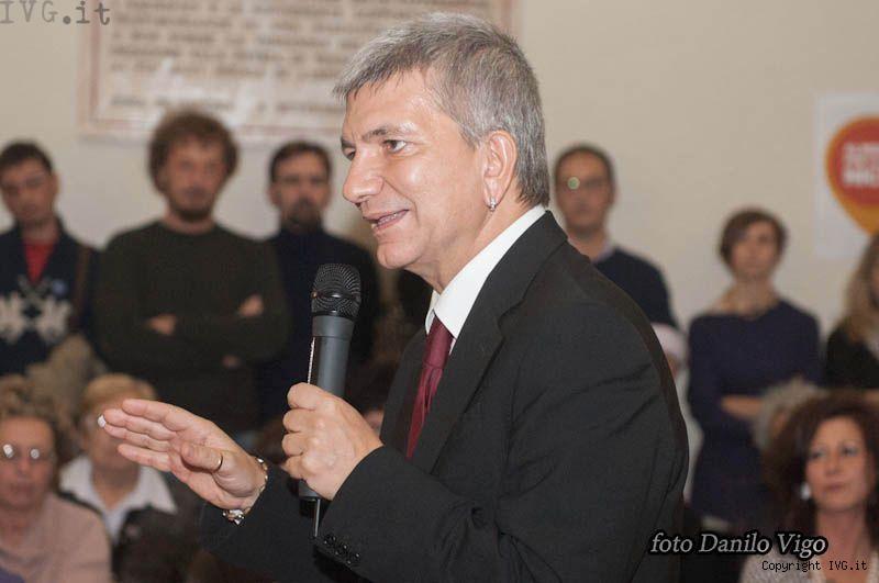 201201109vendola-23