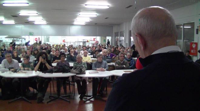 Finale Ligure - consiglio comunale in fabbrica per Piaggio