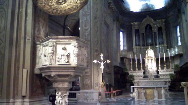 Duomo gremito per la chiusura della Porta Santa