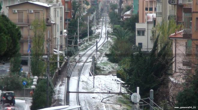 neve ferrovia