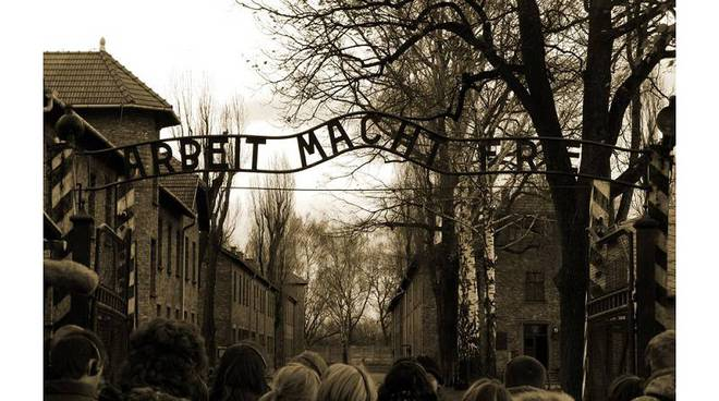 mostra olocausto genova campo concentramento