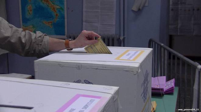 seggi elezioni 2013