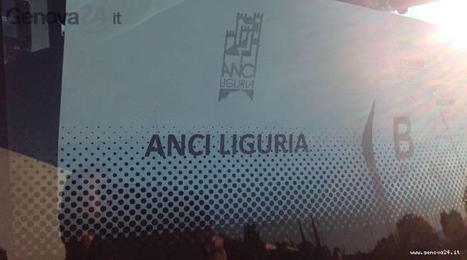 Il sindaco di Bari Antonio Decaro eletto presidente Anci