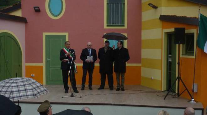 inaugurazione teatro Peagna