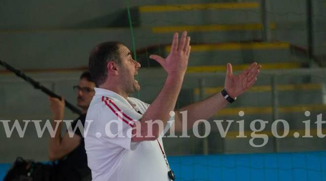 Pallanuoto rari nantes savona una vittoria per difendere il titolo di campione d 39 italia under - Piscina nannini firenze ...