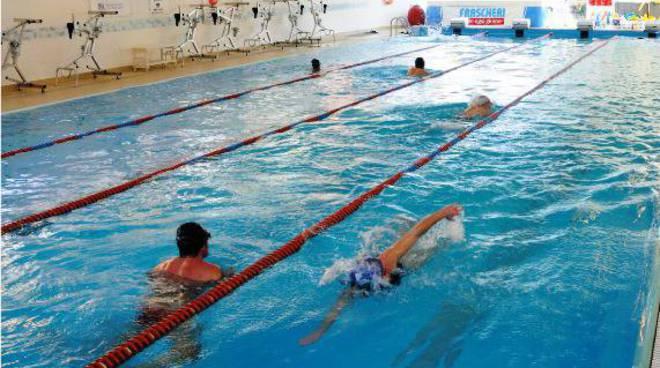 piscina alassio