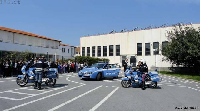 Polizia educazione scuole - Ceriale