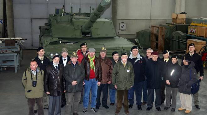 visita Unuci al polo mantenimento esercito italiano