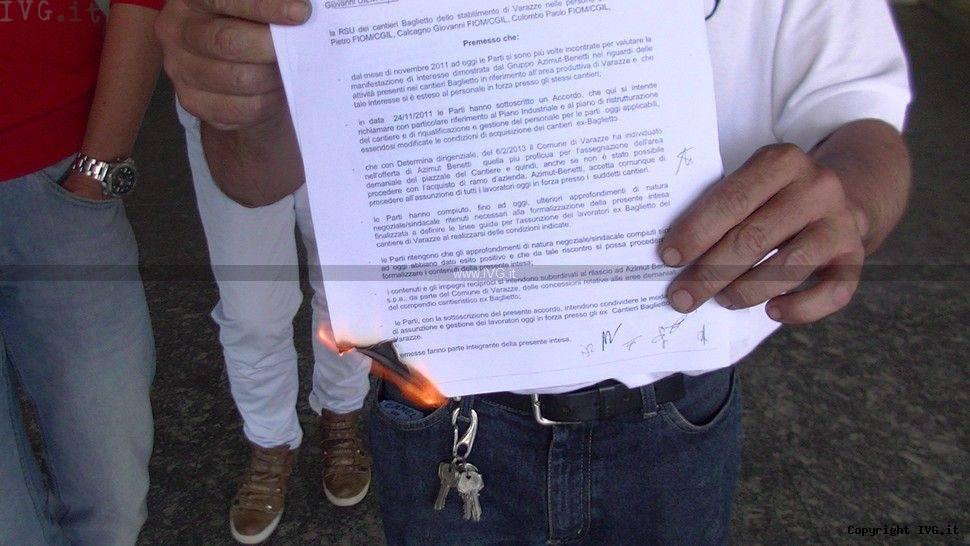 Varazze ex Baglietto: protesta in Comune