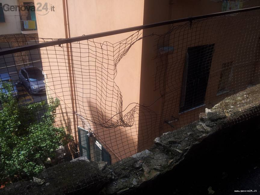 muro vico chiuso 5 santi lagaccio