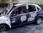 Auto fuoco via Foscolo Loano